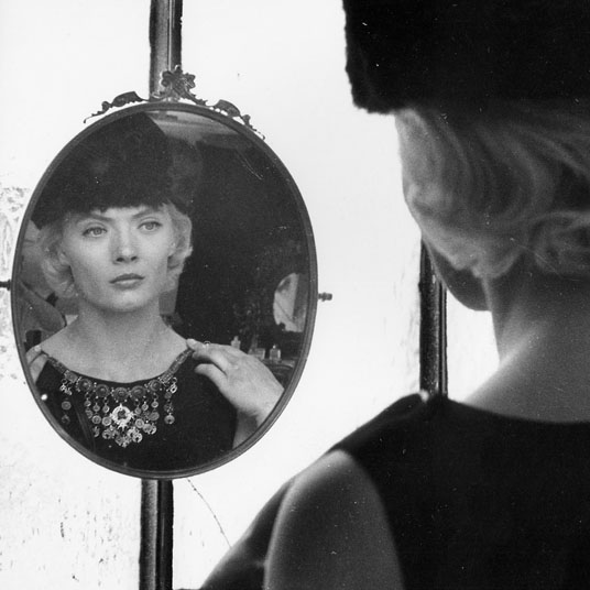 Spotlight on Agnès Varda: Cléo from 5 to 7