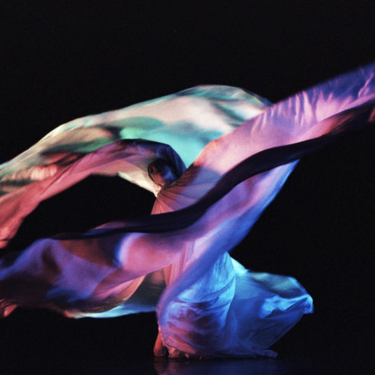 Color, Light, and Movement in the Dances of Loïe Fuller